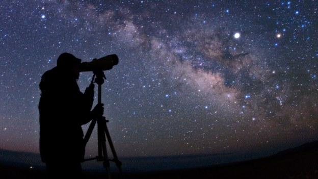 foto cielo telescopio