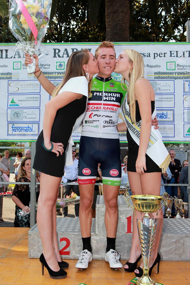 Ciclismo – a Gaggiano 115 atleti alla partenza della 55° Milano-Rapallo dilettanti